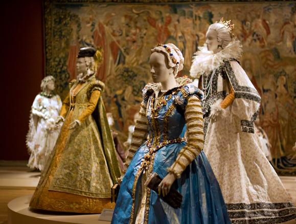 The Medici costumes by Isabelle de Borchgrave