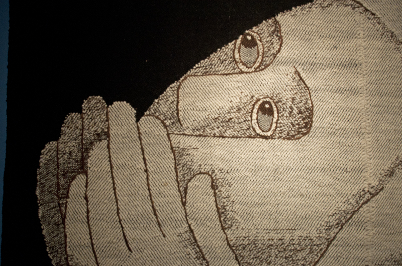 "Johanna Schütz-Wolff: ""Betende (Praying)"", 1932, Figuren in handgesponnene Wolle, Leinen- und Köperbindung , Gestickte Kontouren (figures in handspun wool; tabby and twill, embroidered contours )Leigabe (on loan) Museum Schloss Rheydt"