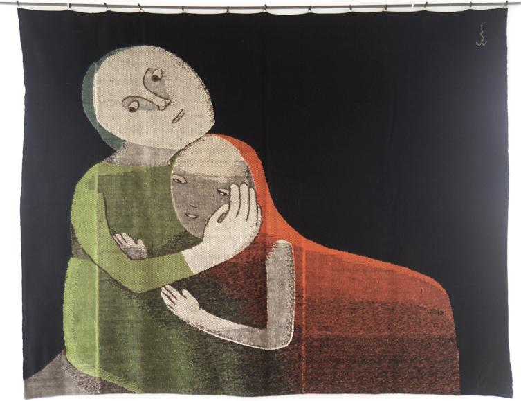 Johanna Schütz Wolff: Mutter und Kind (Mother and Child) Schwabendorf bei Marburg, 1931, 240 x 200 cm; Wolle, Leinen- und Köperbindung, gestickte Konturen (wool, tabby and twill, embroidered contours) ©Nachlass Johanna Schütz-Wolff