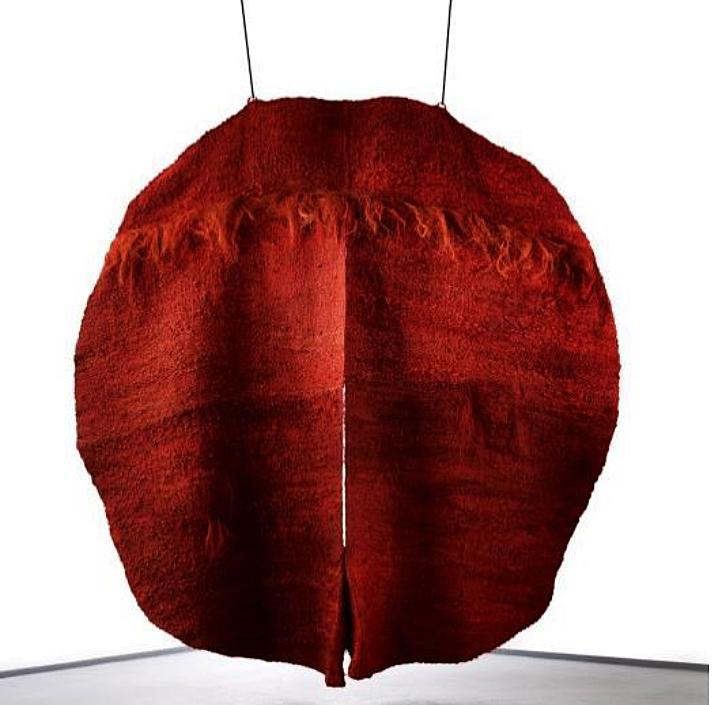 Magdalena Abakanowicz: Abakan rouge III, 1970 - 1974, 300 x 300 x 45 cm, Fondation Toms Pauli