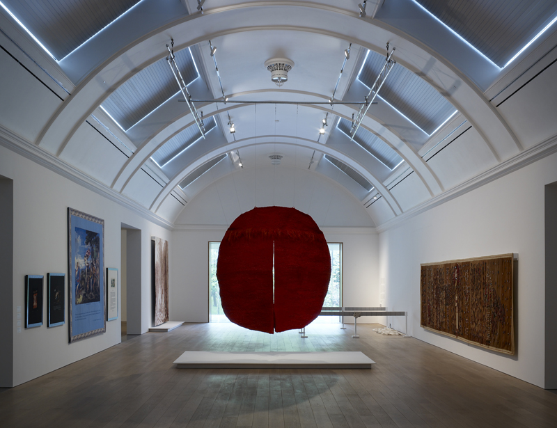 "View at the exhibition: Magdalena Abakanowicz, ""Abakan Rouge III, 1970/71. Courtesy Toms Pauli Foundation. Photo Michael Pollard"