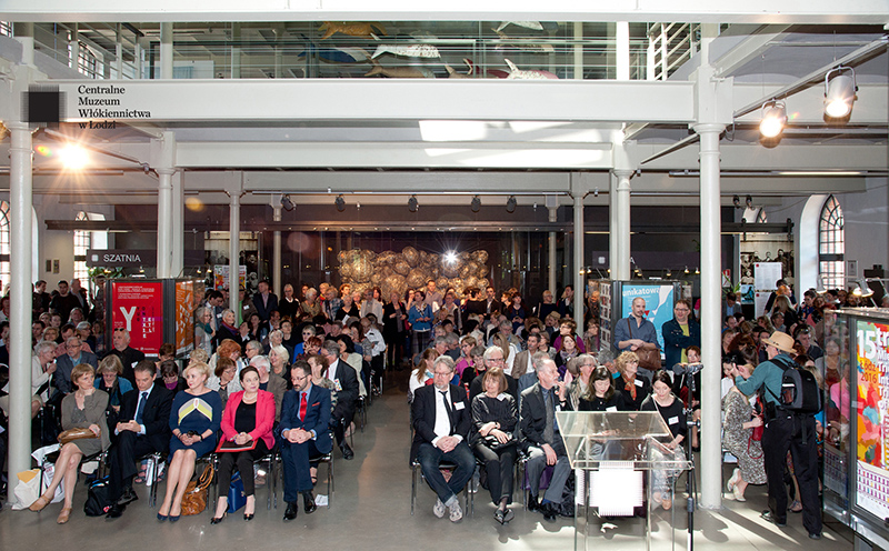View at the entrance hall of the Central Museum of Textiles during the opening; photo Agnieszka Ambruskiewicz