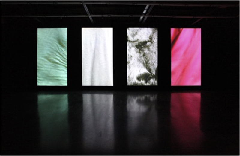 Hu Xiaoyaun: I Don´t know How Long You´ve Been Walking On and I Don´t Know where You´re Going, Video installation, 2010