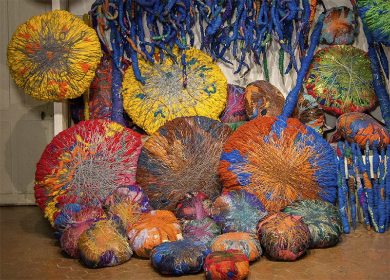 Sheila Hicks, Embassy of Chromatic Delegates, installation, 2015-2016, Photo by Cristobal Zañartu