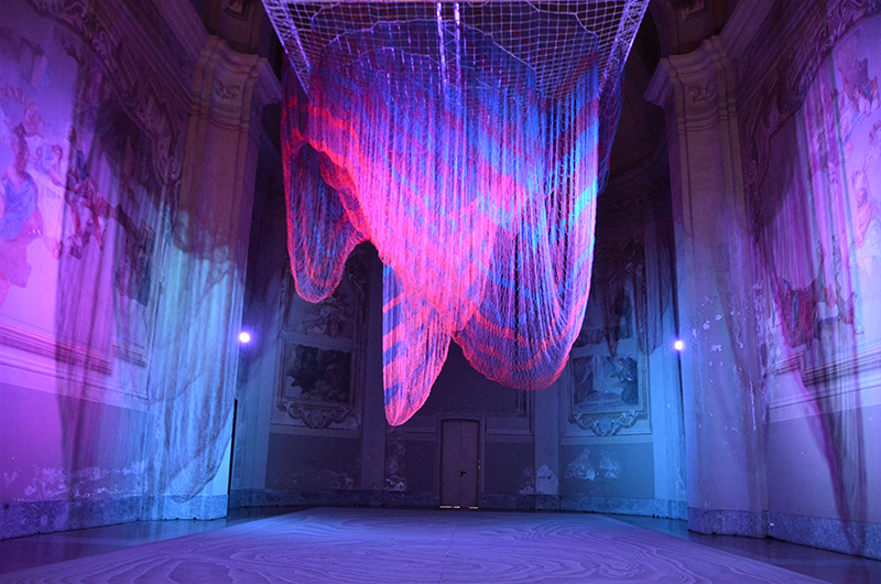 Janet Echelman: Installation for Miniartextil 2016, photo by M. Totaro