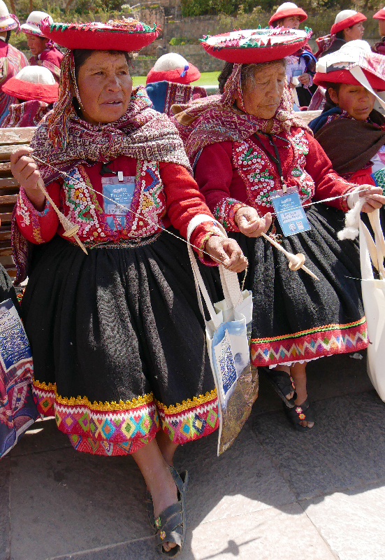 Weavers /spinners at the Tinkuy parade from Accra Alta, Peru; photo Beatrijs Sterk